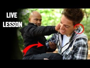How to attack using the knee | Self Defense New Series