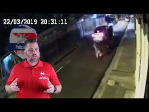 Costa Rican Man Gives Attacker What He Wants